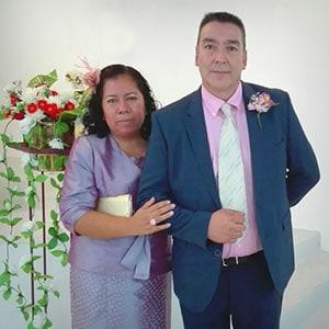Pastores Asociados: Paco y Elisa Pérez