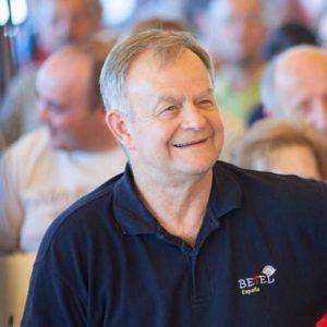 Elias Tepper: Pastor Principal